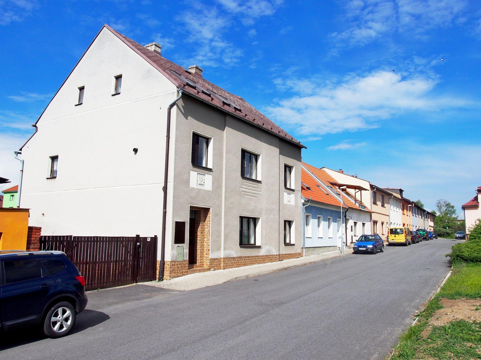 Prodej RD se samostatným objektem k podnikání v Mimoni (okr. Česká Lípa)
