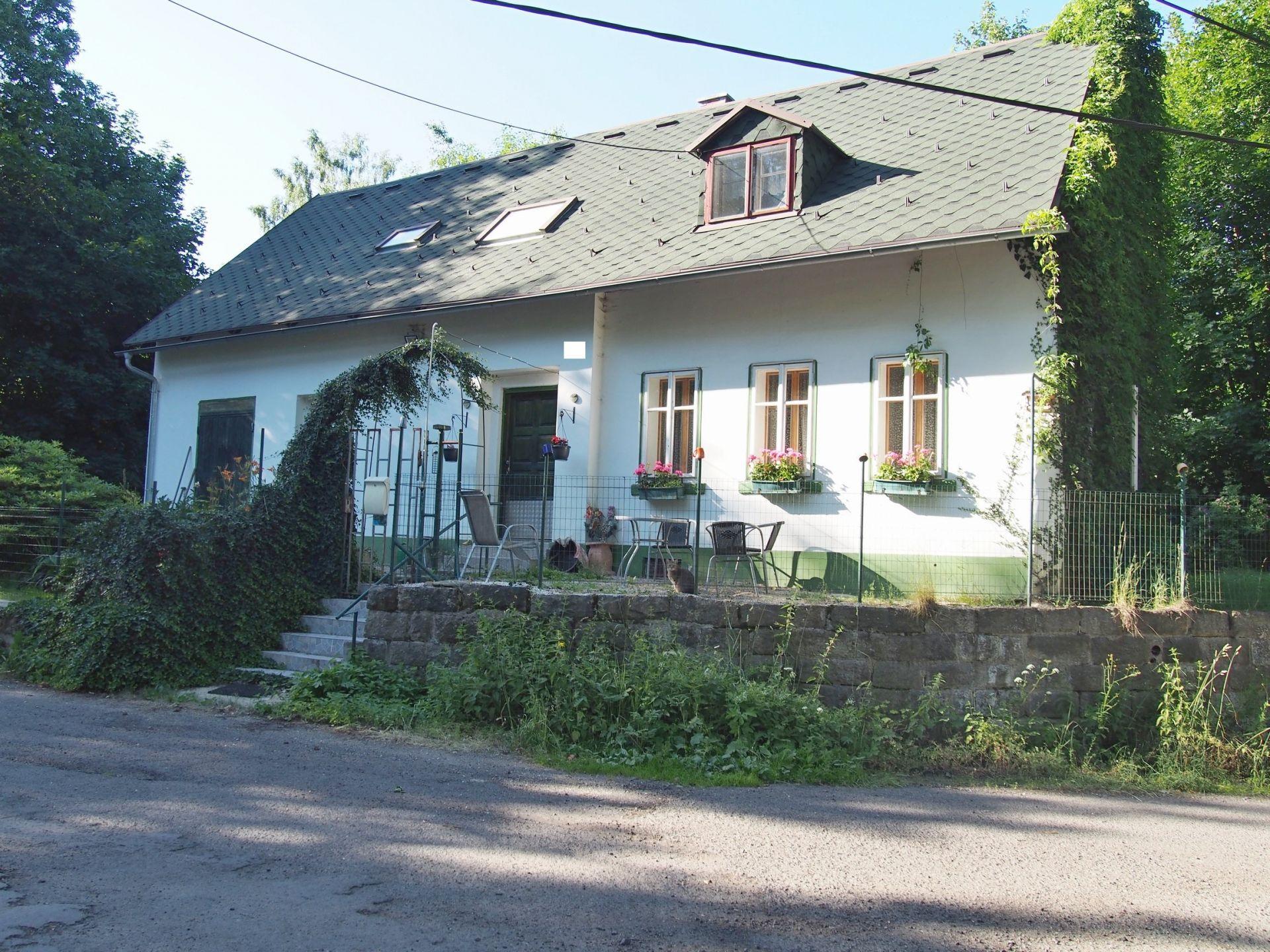 Prodej RD s dalším stavebním pozemkem v obci Rádlo u Jablonce nad Nisou